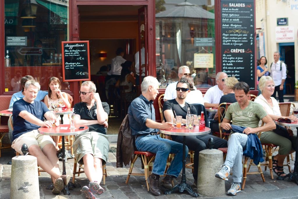 5 Ways to be a Better Tourist in Paris by Leah Walker15