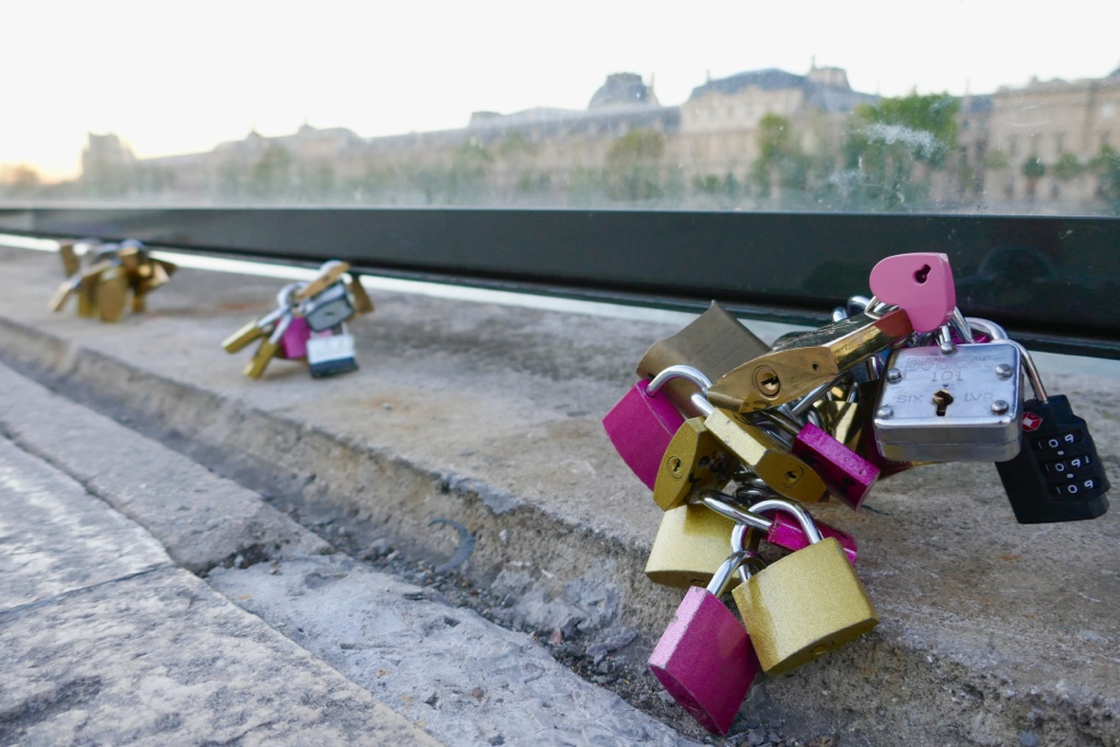 5 Ways to be a Better Tourist in Paris by Leah Walker22
