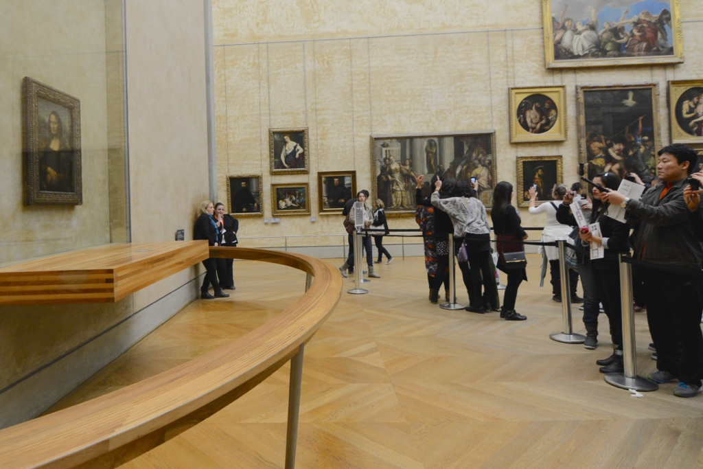 5 Ways to be a Better Tourist in Paris by Leah Walker8