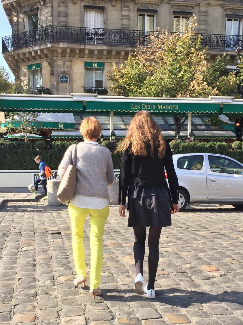 how-to-pack-for-paris-in-the-fall-by-leah-walker4