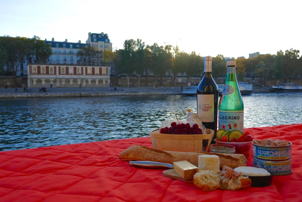 How to Pack a Perfect Paris Picnic by Leah Walker