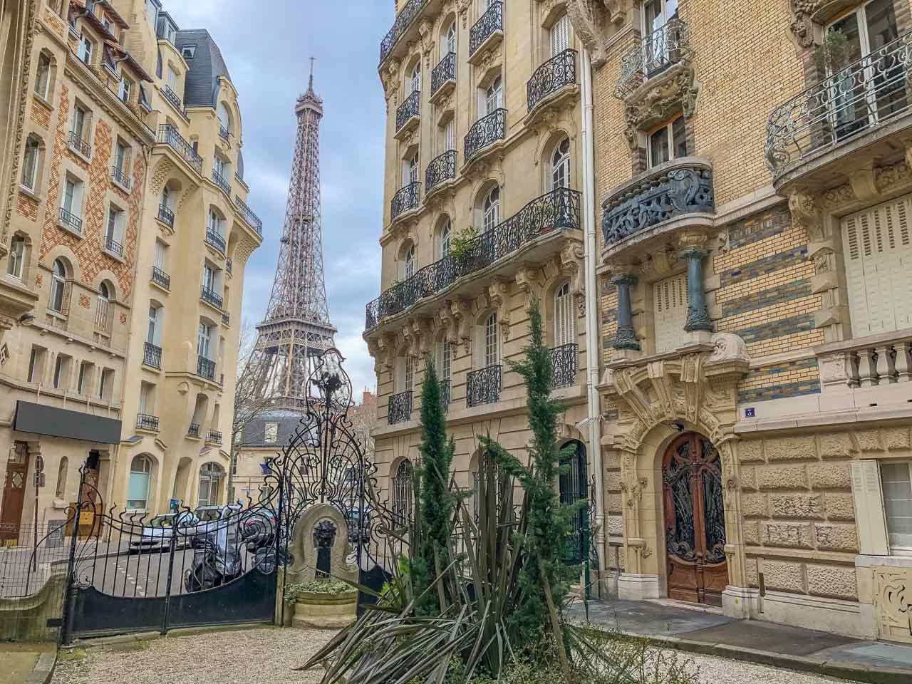 Eiffel Tower View Square Rapp